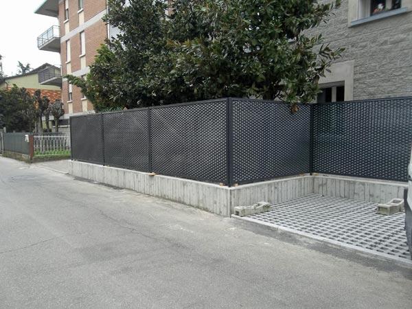 Recinzioni Da Giardino In Ferro : Inferriate per serramenti modena reggio emilia u costruzione