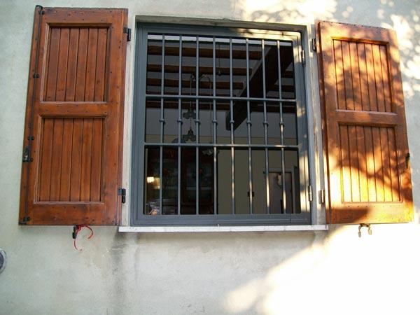 preventivi-costruzione-inferriate-in-ferro-Modena