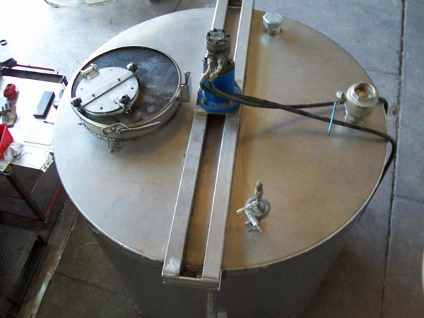 prezzi-realizzazione-cisterne-in-ferro-per-contenimento-acqua-Modena