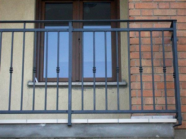 produzione-parapetti-per-balconi-Reggio-Emilia